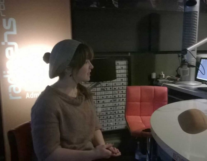 Nach Ankunft in Berlin geht es schon weiter mit dem nächsten Interviewtermin: Gottseidank im gemütlichen Studio von Radio1.