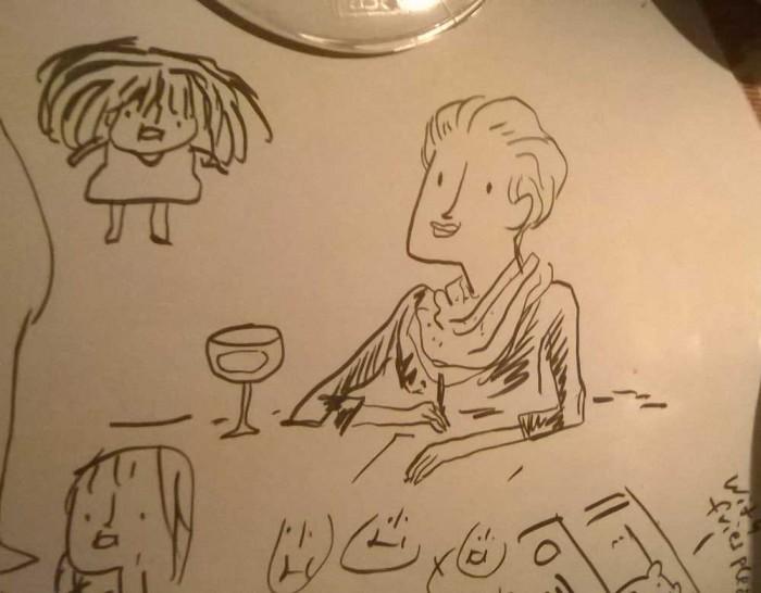 Abends stoßen noch Naomi Fearn und Verlagsfreund Philipp Jahner dazu und dann passiert, was eben passiert, wenn sich Zeichner treffen: Hier sehen wir Naomi gezeichnet von Kate.